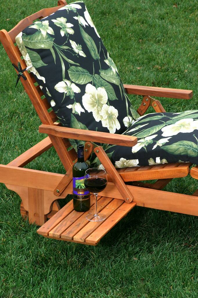 Wood Chaise Lounge with cushion